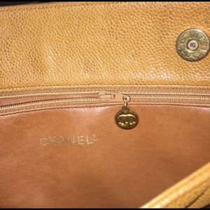 CHANEL Bags - Vintage Chanel Quilted Purse